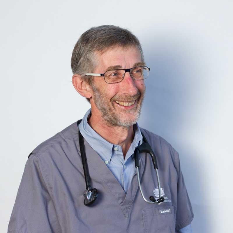 John Culvenor博士